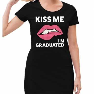 Kiss me i am graduated zwarte jurk voor dames