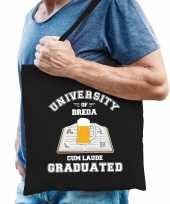 Studenten carnaval verkleed tas zwart university of breda afgestudeerd heren